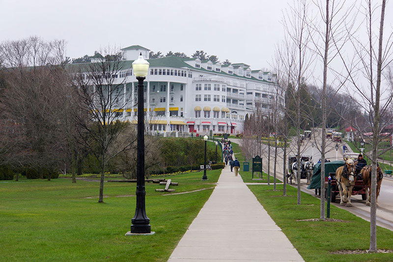 may-2014-mackinac-island-grand-hotel-28898-version-2