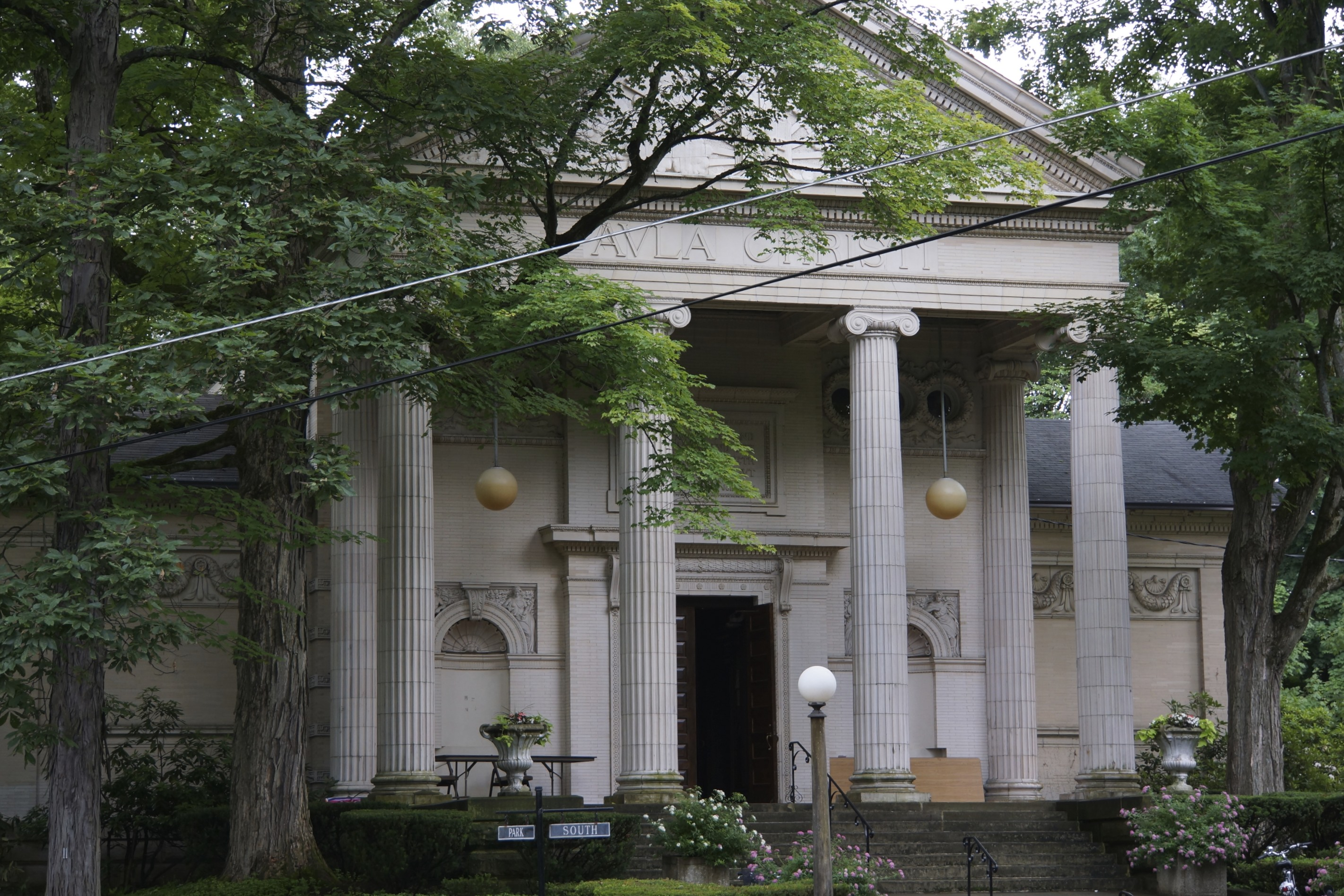 Chautauqua Literary Club